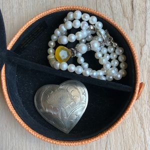 Pin, Pearls and Travel Case